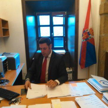 Iván Alonso reclama más esfuerzo para conservar el patrimonio de Villafranca de El Bierzo y de otros conjuntos históricos como Los Barrios