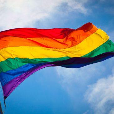 CB pide a los poderes públicos una implicación efectiva a favor de las personas LGBT