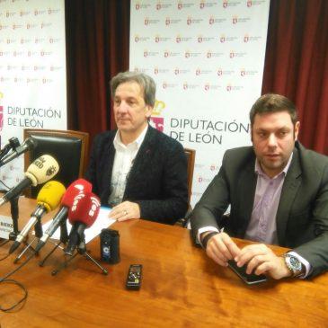Pedro Muñoz cierra con Martínez Majo un acuerdo histórico para El Bierzo con su apoyo a los Presupuestos de Diputación
