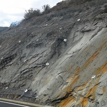 El PP de Puente de Domingo Flórez rechaza evaluar  los daños sufridos por  el yacimiento de fósiles  de Salas de la Ribera